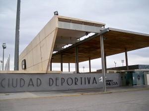 Entrada_Ciudad_Deportiva_-Andrés_Iniesta-_del_Albacete_Balompié_S.A.D.